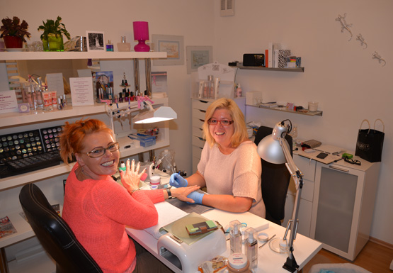 Andrea Radl - Inhaberin von Nails and Beauty.